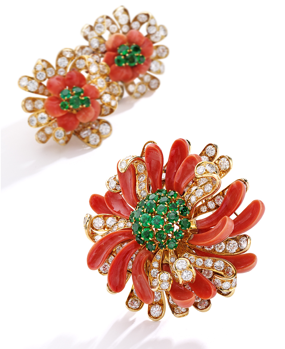 Jewelry Photography - Emerald , Coral and Diamond set