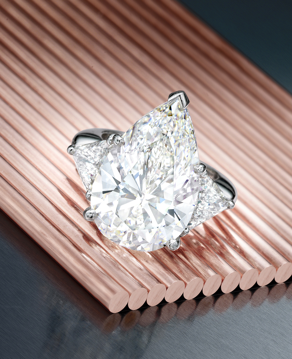 Jewelry Photography - Pear Shaped Diamond Ring